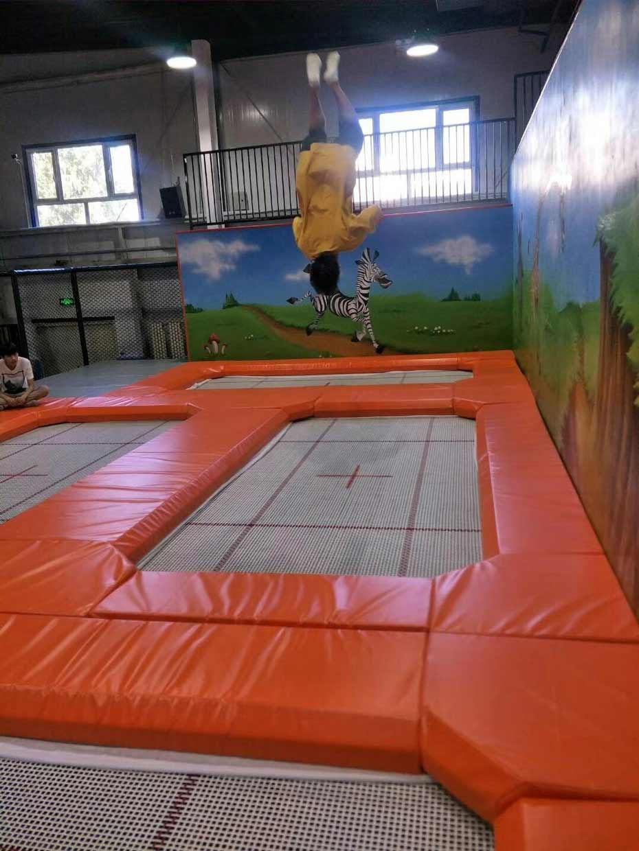 南京室内蹦床公园有什么项目_立本集团